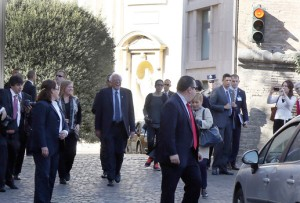 VATICAN CITY, VATICAN - APRIL 15: Democratic presidential candidate U.S. Sen. Bernie Sanders (D-VT) (C) and his wife Jane leave a conference of Pontifical Academy of Social Sciences in Vatican City. Sanders was in Rome at the invitation of the Vatican. Photo by Elisabetta Villa/Getty Images